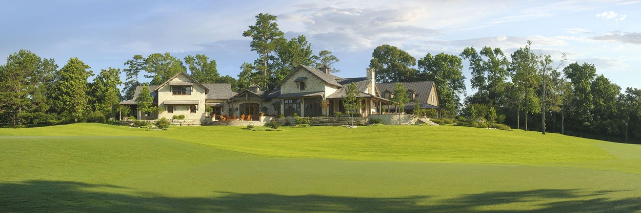whispering-pines-clubhouse_canvas